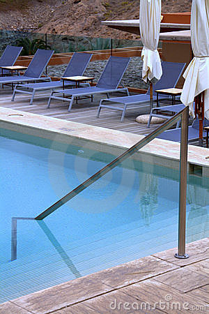Pool patio lounge chairs