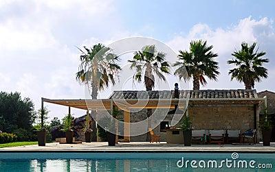 Poolside della villa