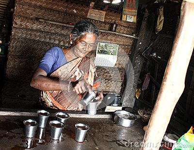 understanding conditions and status of rural women in tamil nadu Women', and the difficulty for widows and abandoned women in rural areas to take advantage of microcredit (p 22) tesoriero's (2005) study of shgs in tamil nadu focused on the empowerment.