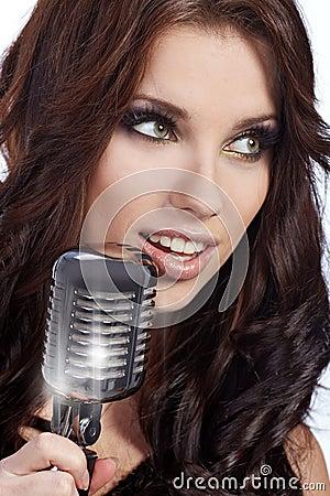 Pop female singer
