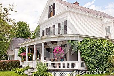 Porche de maison de la Nouvelle Angleterre
