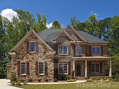 Porche ext rieur de vue de face de maison de luxe mod le image stock image 9744581 for Modele de maison de luxe