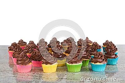 Porciones de magdalenas heladas chocolate