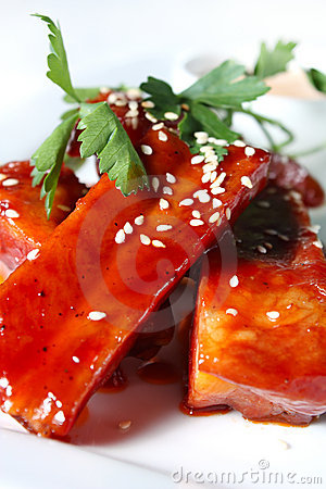Pork ribs in tomato honey sauce