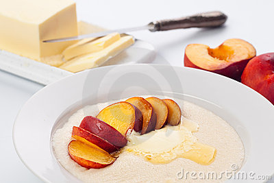 Porridge with peach