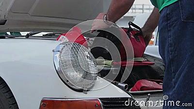 Porsche 911 κλασικός 1963 η πρώτη πρότυπη αυτόματος-επίδειξη της επιχείρησης φιλμ μικρού μήκους