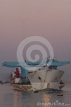 Free PORT SAID/EGYPT 02nd JANUARY 2007 - The Heavy Load Carrier Zhen Royalty Free Stock Photo - 55327065