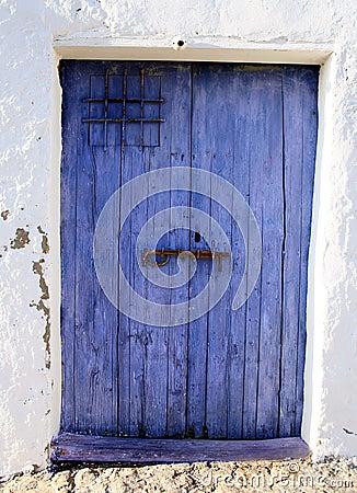 Porta azul velha