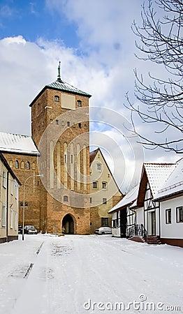 Porta do castelo, estilo gótico.
