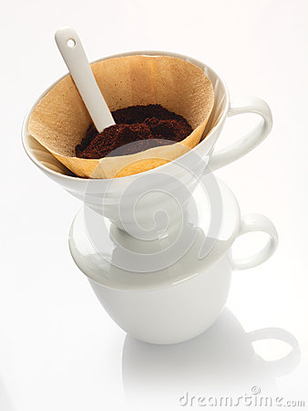 Portable china filter with ground coffee