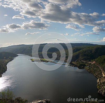 Portas de Rodao lake overview