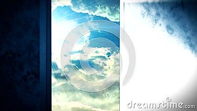 Porte d'ouverture de ciel de la vie après la mort