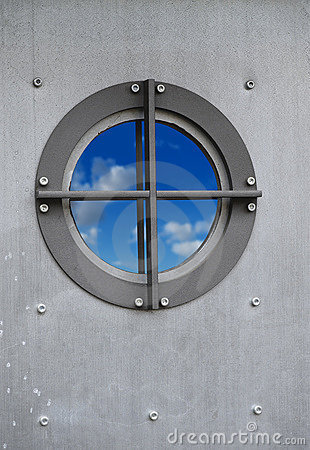 Free Porthole With Sky Royalty Free Stock Photos - 7995938