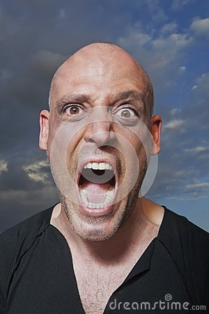 Porträt eines Mannschreiens