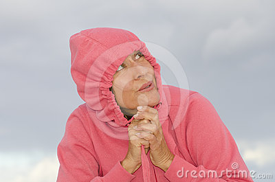 Portrait attractive woman in cold autumn weather