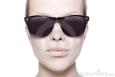Portrait of a beautiful woman with sunglasses
