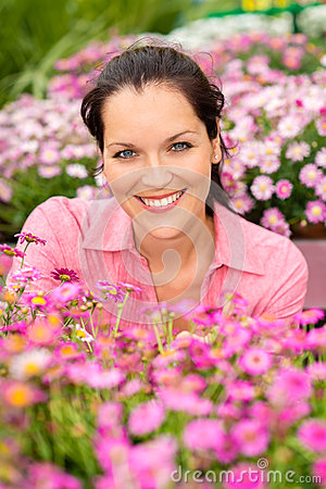 Free Portrait Beautiful Woman With Purple Daisy Flowers Royalty Free Stock Photography - 26143167