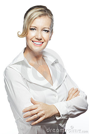 Portrait of confident businesswoman, folded arms