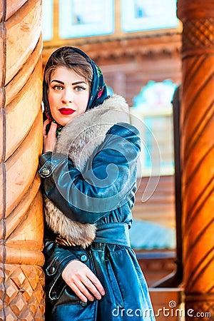 Belle fille russe roule
