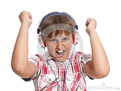 Portrait des Jungen mit Kopfhörern