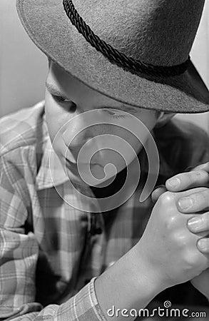 Portrait des Mannes mit einem Hut