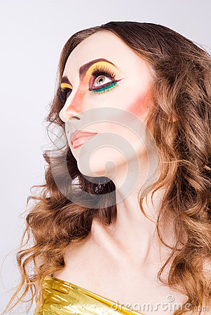 Portrait of fashion woman model with beauty bright make-up