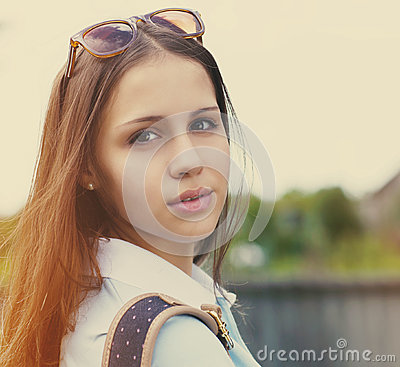 Free Portrait Of A Beautiful Teen Girl In Sunset Light Stock Photography - 42473082