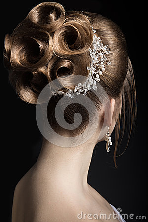 Free Portrait Of A Beautiful Woman In The Image Of The Bride. Beauty Face. Hairstyle Back View Royalty Free Stock Image - 50452876
