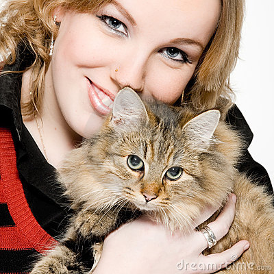 Free Portrait Of A Blond Curly Woman With Cute Kitten Royalty Free Stock Photo - 3945965