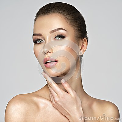 Free Portrait Of A Pretty Caucasian Girl With Healthy Skin. Stock Photo - 125021960