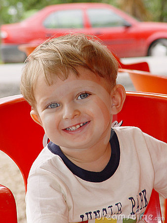 Free Portrait Of The Smiling Boy Royalty Free Stock Photos - 11990008