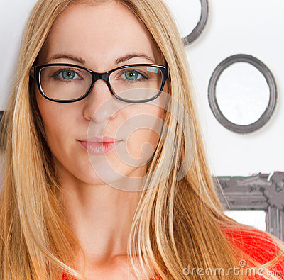 Free Portrait Of The Woman Wearing Black Eye Glasses Stock Images - 37420894