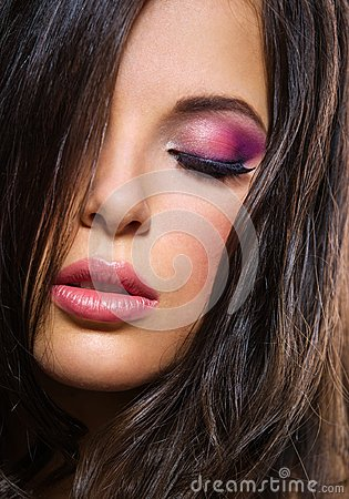 Free Portrait Of Woman With Closed Eyes And Brilliant Makeup Stock Photo - 34125170
