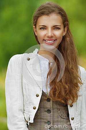 Portrait of smiling beautiful young