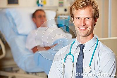 Portret van Arts met Patiënt op Achtergrond