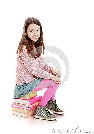 Portret van mooie oude meisjes 7 8 jaar dat stock foto afbeelding 55772549 - Jaar oude meisje kamer foto ...