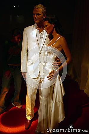 Posh and Becks (Madame Tussaud s) Editorial Stock Image