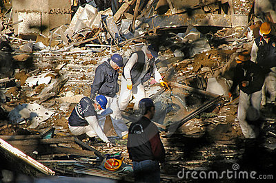 Post Bomb Scene Istanbul 2003 Editorial Photo