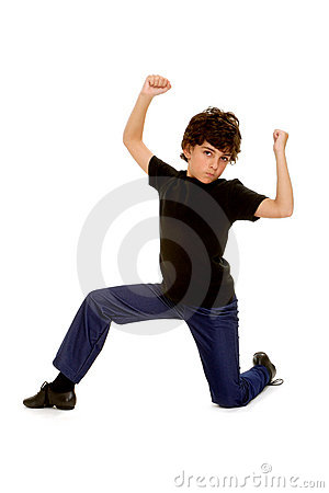 Postawy chłopiec tancerz