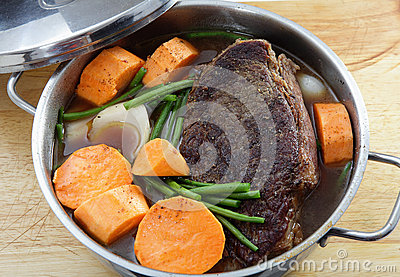 Pot roast with sweet potato