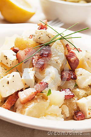 Potato salad with cheese and bacon