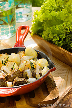 Free Potato With Onion And Meat Stock Photography - 13431442