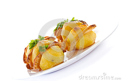 Potatoes stuffed with bacon