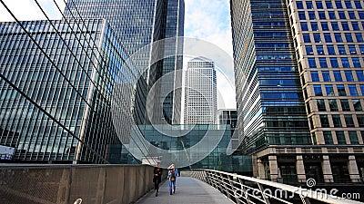 Pouca ponte, cais amarelo, Londres Imagem de Stock Editorial