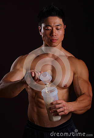 Free Pouring A Scoop Of Protein Shake Royalty Free Stock Photos - 27543508