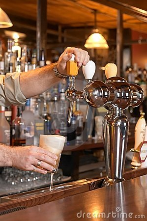 Free Pouring Beer From Tap Royalty Free Stock Images - 4644719