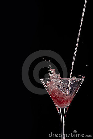 Free Pouring Cocktail Royalty Free Stock Photos - 14457108