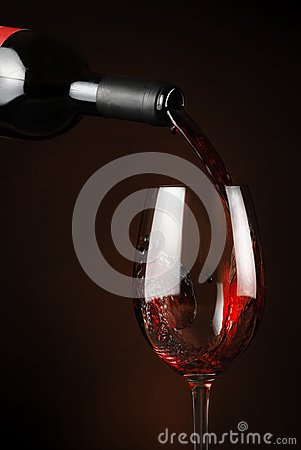 Free Pouring Wine Stock Image - 26983591