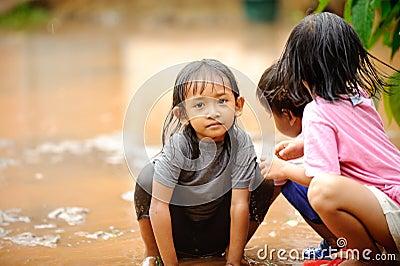 Poverty Children, Flood