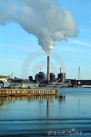 Power plant polluting